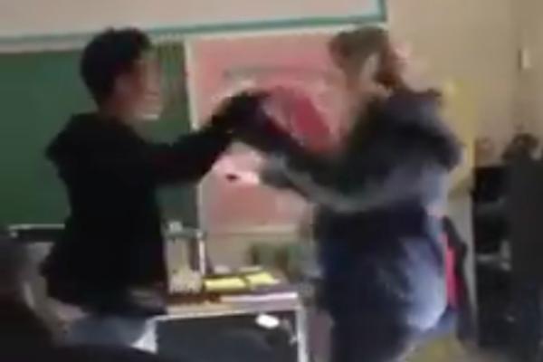 maestra_alumno_pelea_estados_unidos