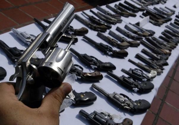 Marcelo Ebrard recaba datos para presionar el control al tráfico de armas. Foto: Especial