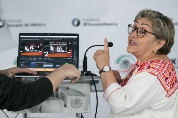 AL PUNTO. La senadora de Morena, Martha Guerrero, explicó el proceso de conteo de votos, en el que se le acusa de haber ignorado un sufragio. Foto: Cuartoscuro
