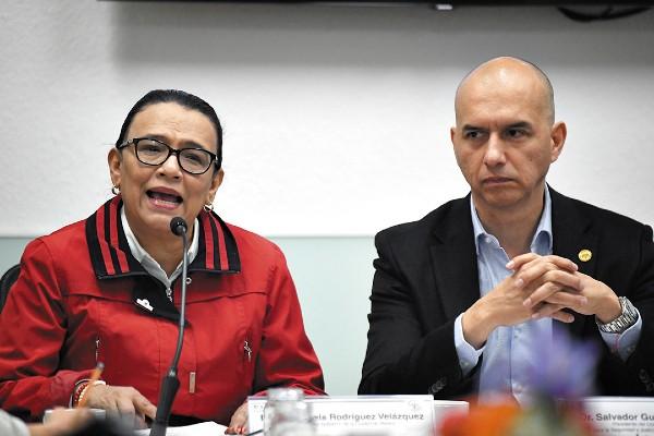 FILTRO. Rosa Icela Rodríguez y Salvador Guerrero dan detalles de la herramienta que alerta a los usuarios. Foto: Nayeli Cruz