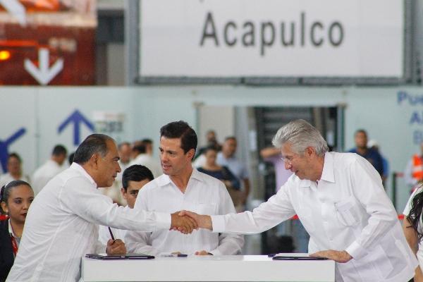 Gerardo Ruiz Esparza bajo investigación por UIF