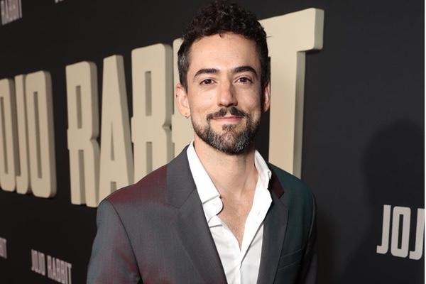 Luis Gerardo Méndez será presentador en los Latin Grammys. Instagram