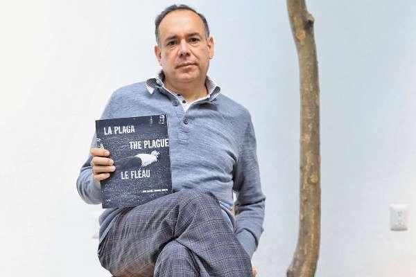 Coronel Rivera ha publicado notas de crítica e historia del arte en periódicos, libros y catálogos desde 1982. Foto:  Víctor Gahbler