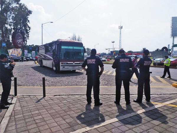 ESTANCADOS. Los cuerpos policiacos de la entidad carecen de una buena seguridad social. Foto: Especial