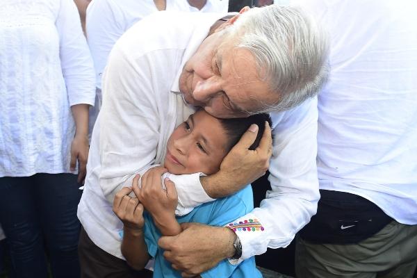 Andrés Manuel López Obrador cumple hoy 66 años . Foto: Cuartoscuro
