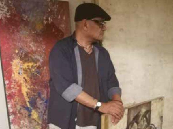 TÉCNICA. El artista usa papel amate para sus obras. Foto: Cortesía.