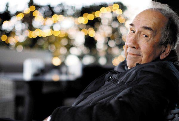 AUTOR. También fue reconocido con el Premio Reina Sofía de Poesía. Foto: EFE