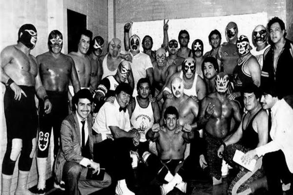 Hoy, el Consejo Mundial de Lucha Libre dio a conocer la programación para el evento del próximo 6 de diciembre. Foto: Especial