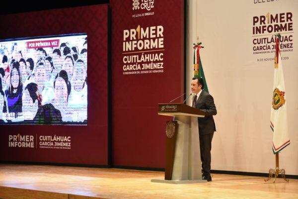 MENSAJE. El gobernador Cuitláhuac García felicitó a su gabinete, por los logros obtenidos. Foto: Jesús Ruiz.
