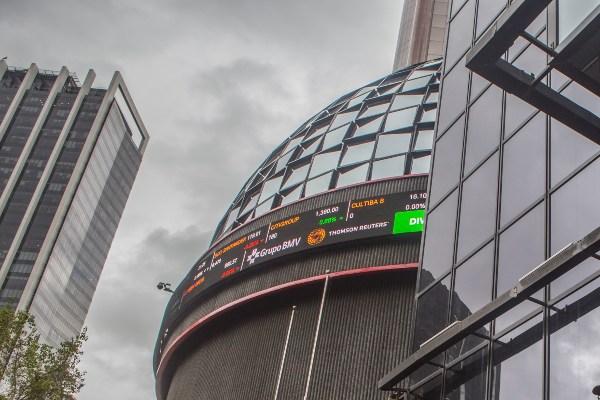 Bolsa Mexicana de Valores, ubicada en Paseo de la Reforma. Foto: Cuartoscuro