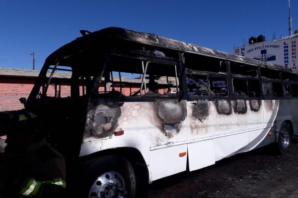 camion_incendio_maestra_policias_rescate