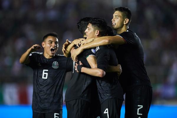 Sigue las acciones del encuentro. Foto: Mexsport.