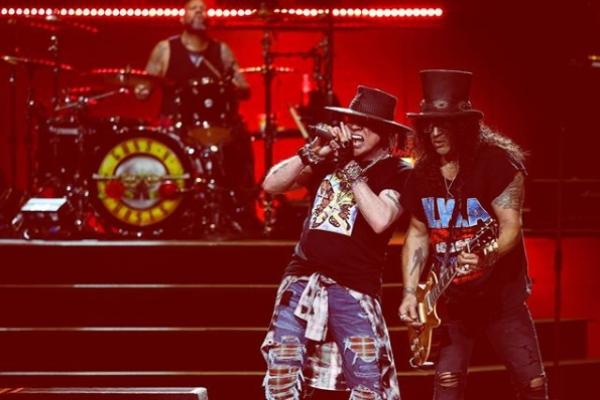 Guns_N_Roses_The_Cardigans_Tucanes_Tijuana_Vive_Latino_2020