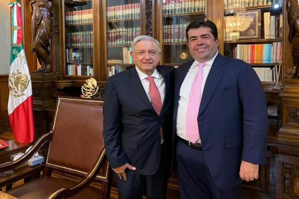Pedro Haces y el presidente Andrés Manuel López Obrador tuvieron una reunión sobre el salario mínimo. FOTO: TWITTER @PedrohacesO