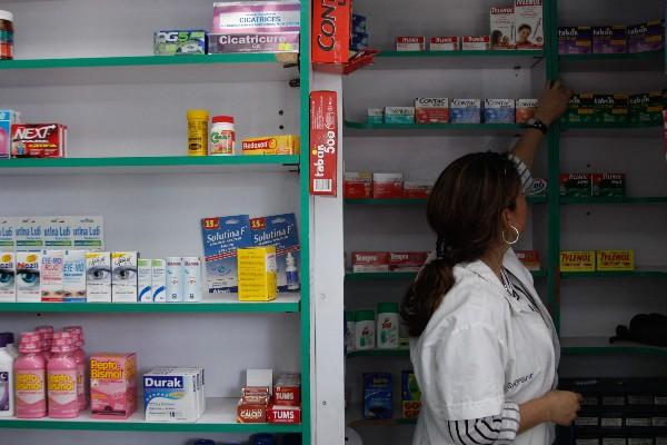 Desde el año 2010 las farmacias sólo pueden vender antibióticos con receta médica o de lo contrario a los establecimientos se hacen acreedores a sanciones que van desde la multa hasta la clausura. FOTO: IVÁN STEPHENS/CUARTOSCURO.COM