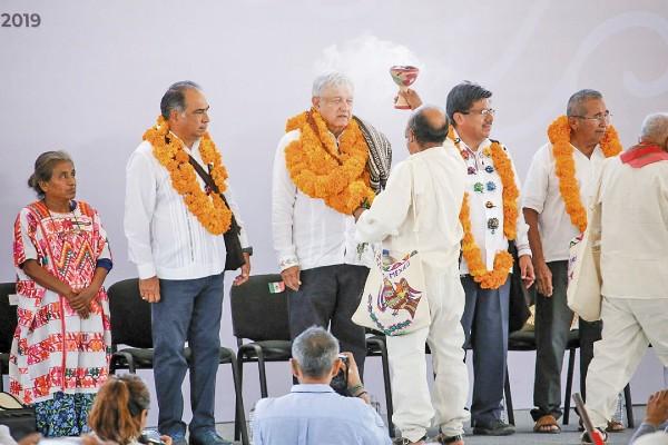 RESPALDO. López Obrador agradeció el apoyo de Astudillo hacia el gobierno federal. Foto: Especial
