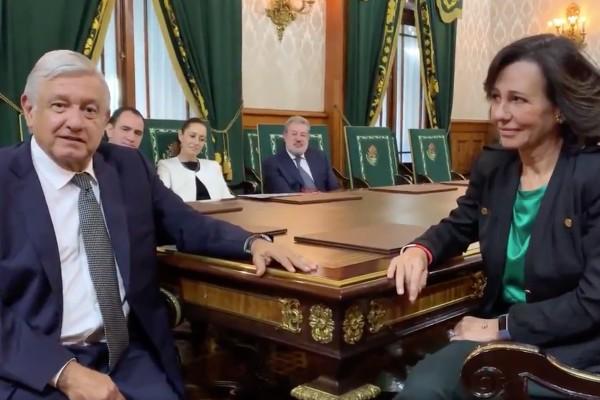 Ana Botín y López Obrador. Foto: Especial