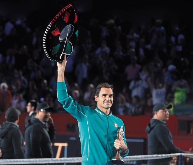 ÍDOLO. El suizo fue ovacionado en la Plaza México. Foto: AP