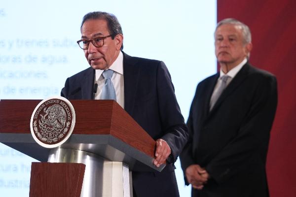 Carlos Salazar Lomelín, presidente del Consejo Coordinador Empresarial (CCE), durante la conferencia. FOTO: GALO CAÑAS /CUARTOSCURO.COMFOTO: GALO CAÑAS /CUARTOSCURO.COM