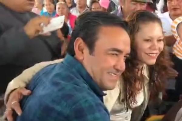 Armando García Méndez, se presentó en una entrega de programa de apoyos alimentarios. Foto: Especial