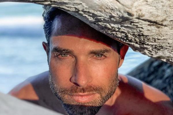 ¡Al natural! Sebastián Rulli enciende las redes sociales al compartir FOTO desnudo