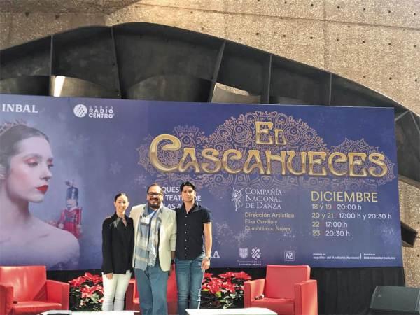 TRABAJO. 400 personas participan en la realización. Foto: Azaneth Ruiz.