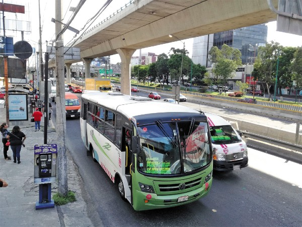 ZONA ACTIVA. Todos los días se realiza un promedio de 2.2 millones de viajes del Edomex a la CDMX. Foto: Leticia Ríos