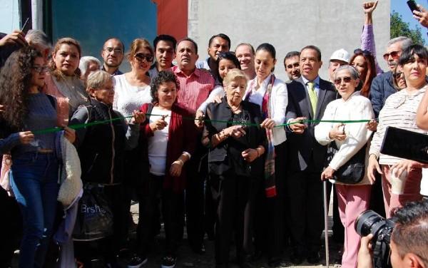 Entrega-Sheinbaum-inmuebles-damnificados-Benito-Juárez