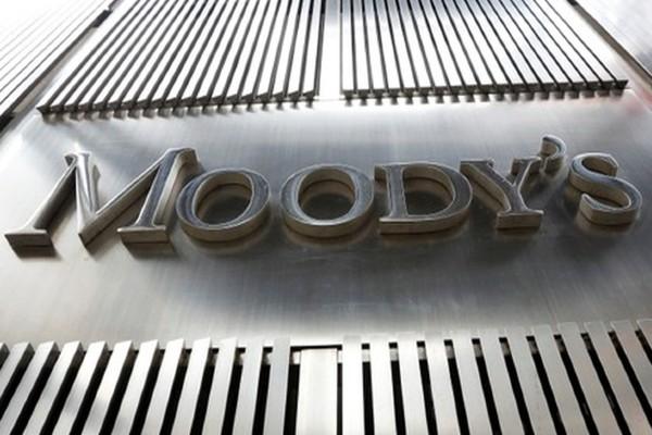 moodys_estados_economia_gasto_bajo_crecimiento