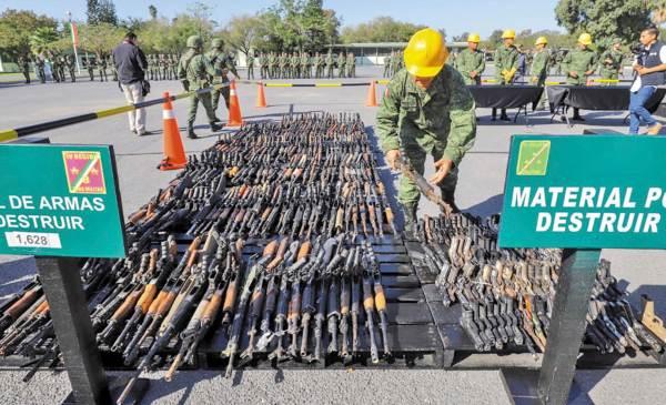 DATO. Fueron destruidas armas decomisadas al crimen organizado. Foto: Especial.