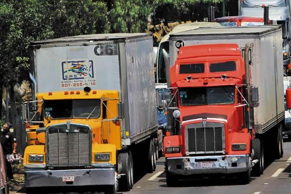 ASALTOS. Están vinculados con el crimen organizado y el asalto de mercancías. Foto: CUARTOSCURO