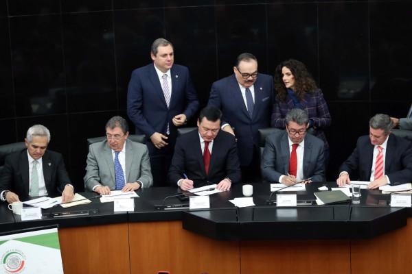 senado-acuerdo-plástico-legislador-carlos-ramírez-marín