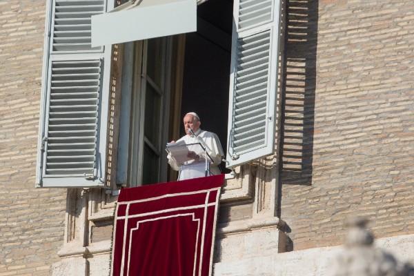 papa-francisco-misericordia-angeluz-san-pedro-vaticano-roma