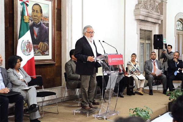 CUENTAS. El subsecretario Encinas rindió un informe por su primer año en el cargo. Foto: NOTIMEX