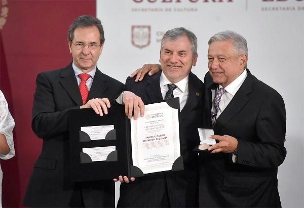 PREMIO. Hugo Alberto Barrera Saldaña fue uno de los reconocidos. Foto: Pablo Salazar