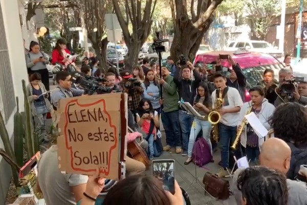 manifestacion-musicos-oaxaca-cdmx-saxofonista-quemada-acido-justicia