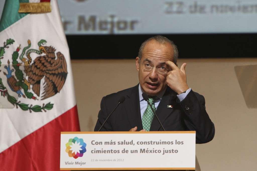 MÉXICO, D.F., 22NOVIEMBRE2012.- Felipe Calderón Hinojosa, Presidente de México, encabezo la ceremonia de inauguración de las nuevas instalaciones del Instituto Nacional de Medicina Genómica. FOTO: GUILLERMO PEREA /CUARTOSCURO.COM