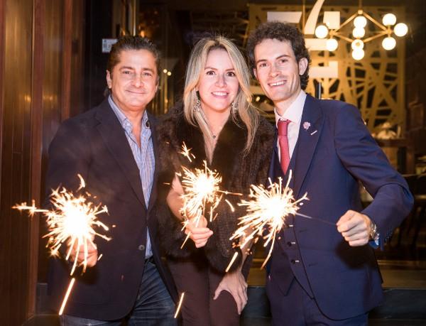 GRAN COMPAÑÍA. Alejandro Basteri y Mariana Otero estuvieron con Rafael Picard. Foto: Cortesía