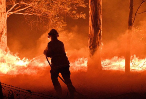 Incendios-australia-video-humo-satelite