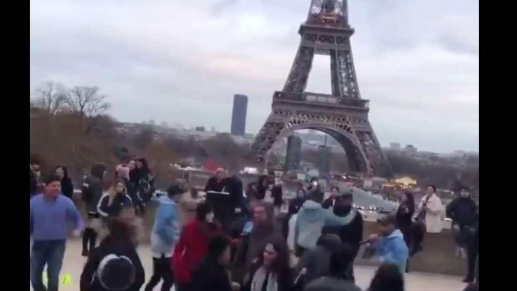 mexicanos-la-chona-torre-eiffel-francia-paris-extranjeros-viral-video