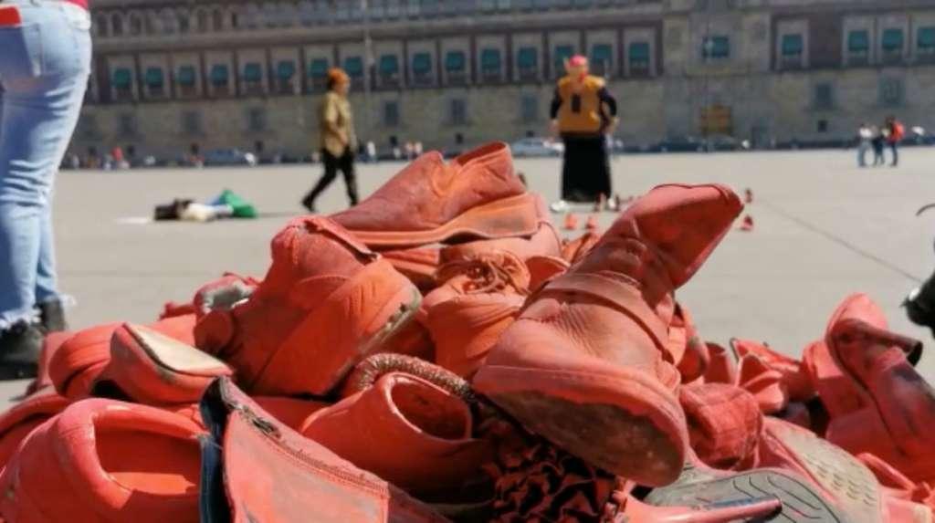"""""""Zapatos Rojos"""""""