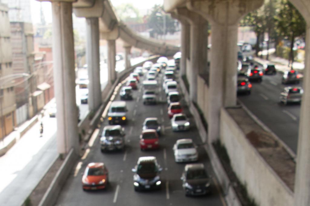 Recuerda que los automóviles con holograma doble cero, cero, eléctricos e híbridos circulan todos los días. Foto: Cuartoscuro