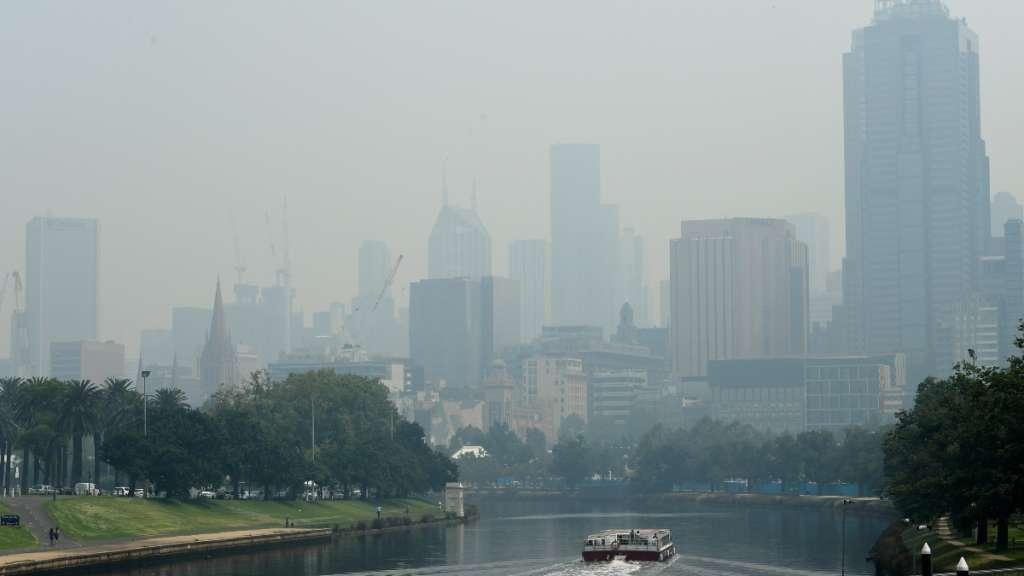 fuegos-humo-australia-vuelta-al-mundo-nasa-clima-medio-ambiente