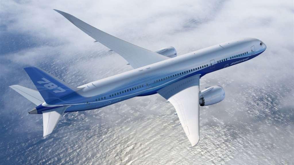 AEROVÍAS. Luego de sacar de operación los Boeing 737, grupo Aeroméxico redujo vuelos. Foto: Especial