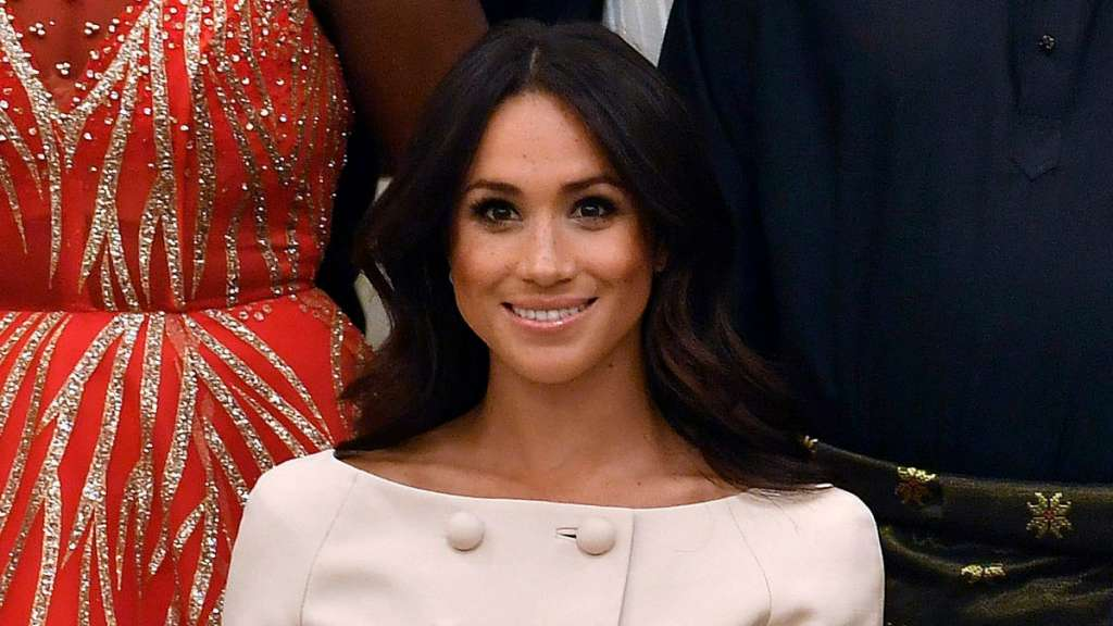 meghan-markle-video-personalidad-video-principe-harry-reina-isable-ll