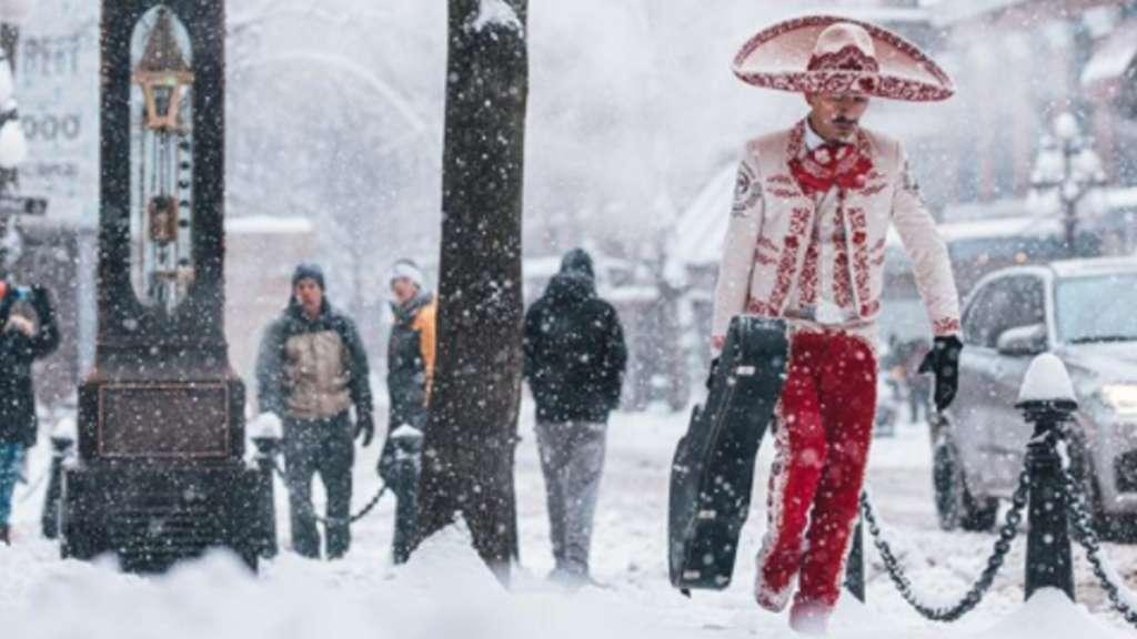 """Quién es el """"mariachi de Vancouver"""" . Foto: Cameron Frazier"""