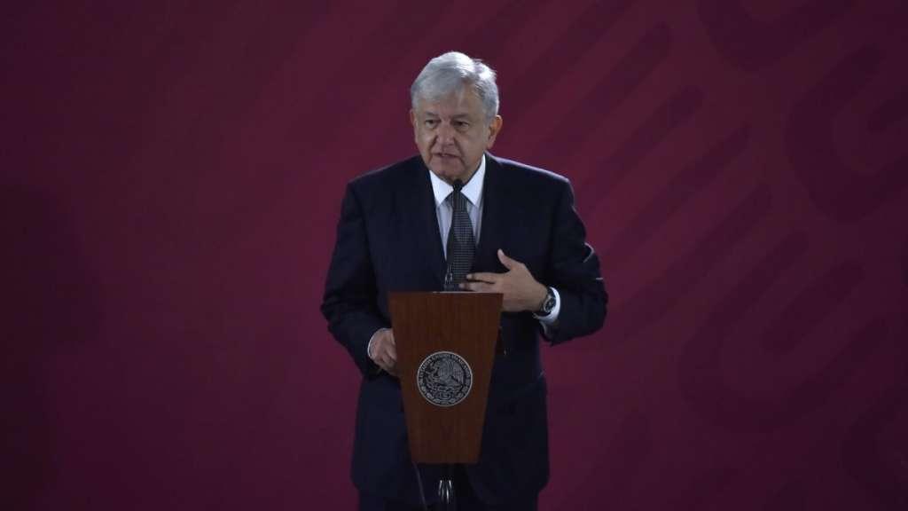 amlo-lopez-obrador-presidente-gobernadores-pri-insabi-reunion