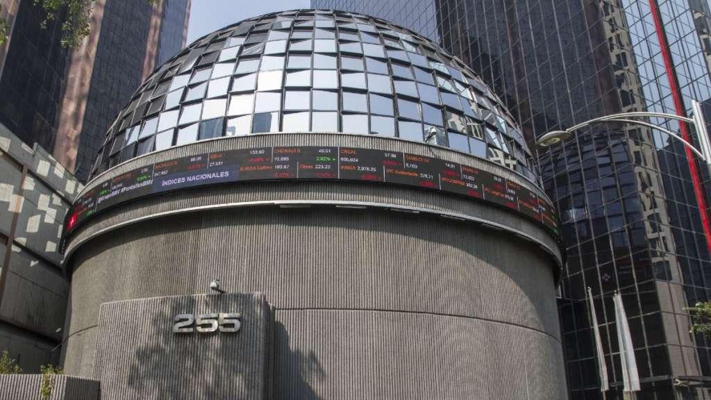 bolsa-mexicana-valores-bmv-peso-tipo-cambio-sesion-avance-martes-coronavirus-mercados-financieros