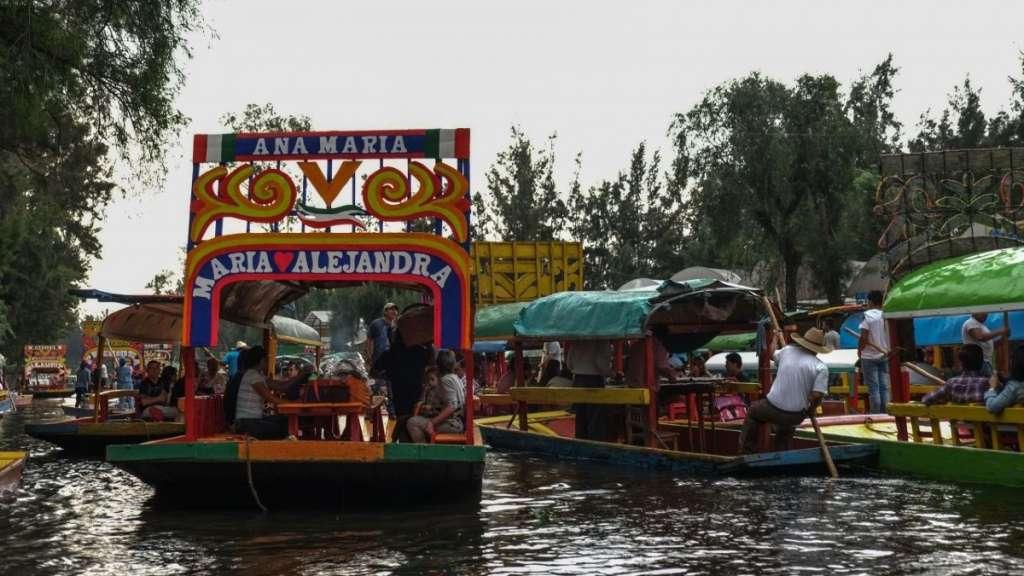 xochimilco-trajineras-reglamentos-reglas-bebidas-alcoholicas-borrachos-accidentes