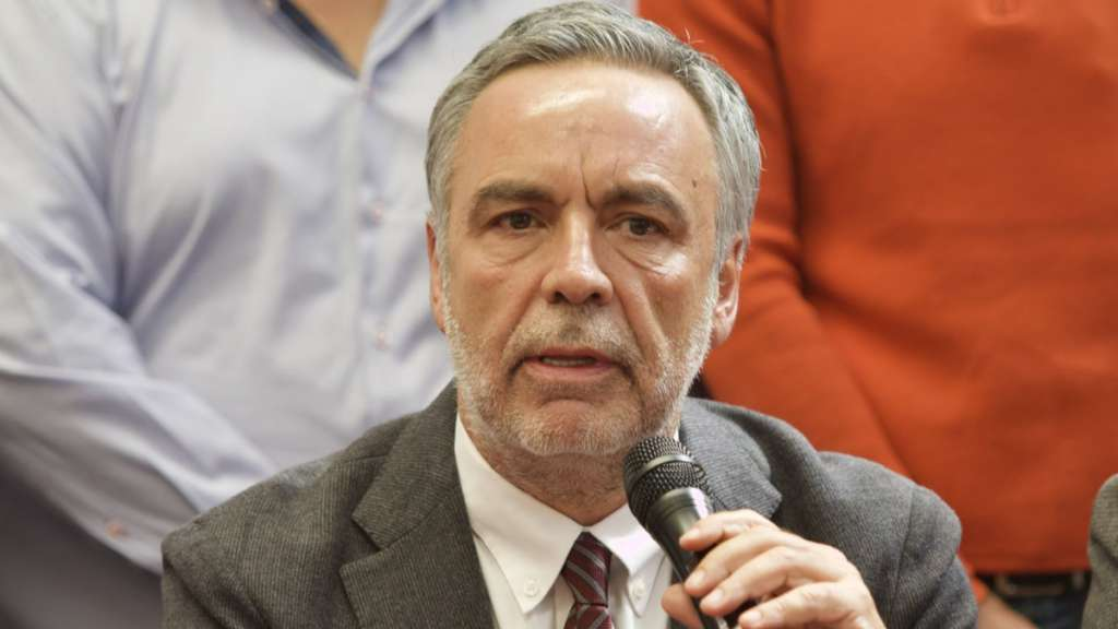 El morenista dijo que la disminución en las prerrogativas dignificaría a los partidos. Foto: Cuartoscuro